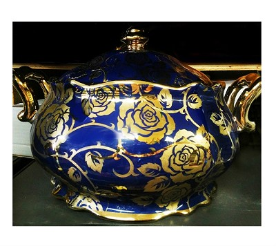 Rose Pot in Blue/Sopera Detalles Rosas (Yemaya)