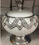 Round Diamond Style Pot in White/Sopera Redonda Obatala